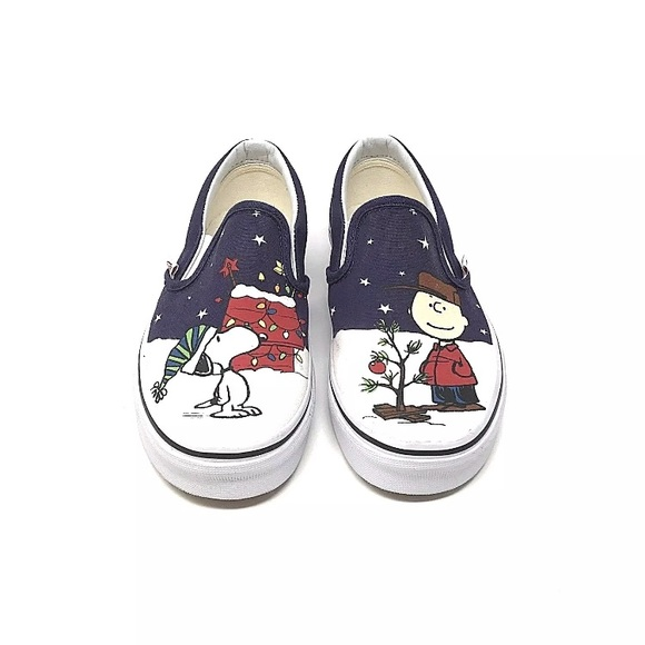 95513eb82ad4 Vans classic slip on peanuts Charlie tree shoe 5.5